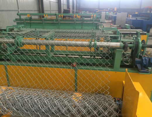 Perlawanan Welding Type Wire Netting Machine 0.45 - 3.5mm Wire Diameter Untuk Coil Mesh